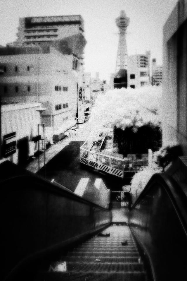Spin-off 大阪写新世界 「エスカレーター」